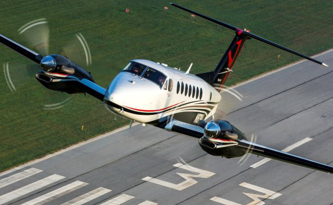turbo prop taking off aircraft appraisal